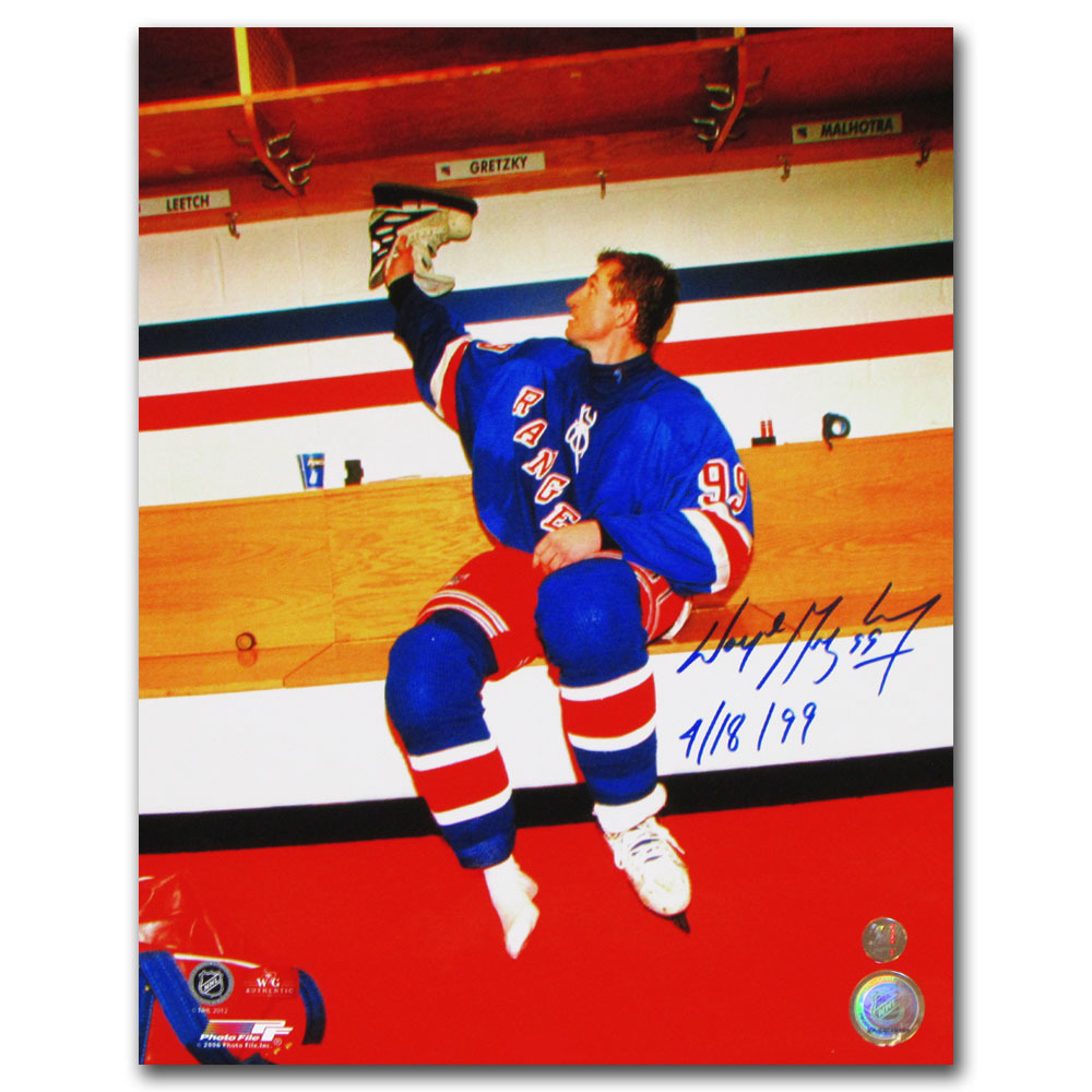 Wayne Gretzky Autographed New York Rangers Final Game 11X14 Photo w/4/18/99 Inscription