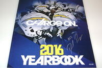 CHARGERS - DENZEL PERRYMAN SIGNED 2016 CHARGERS YEARBOOK