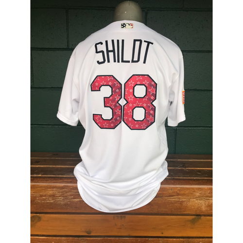 Photo of Cardinals Authentics: Mike Shildt Game Worn Stars and Stripes Jersey