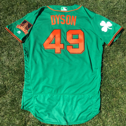 Photo of San Francisco Giants - 2018 St. Patrick's Day - Game-Used Jersey - Sam Dyson