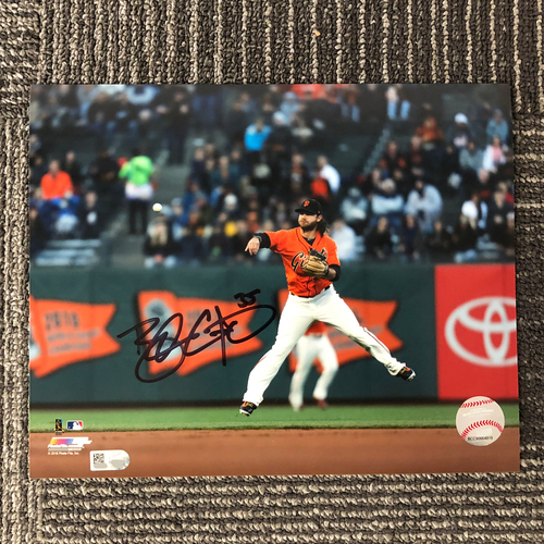 "Photo of San Francisco Giants - Autographed Photo 8""x10"" - Brandon Crawford (fielding)"