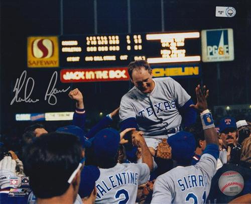 Photo of Nolan Ryan Autographed 8x10