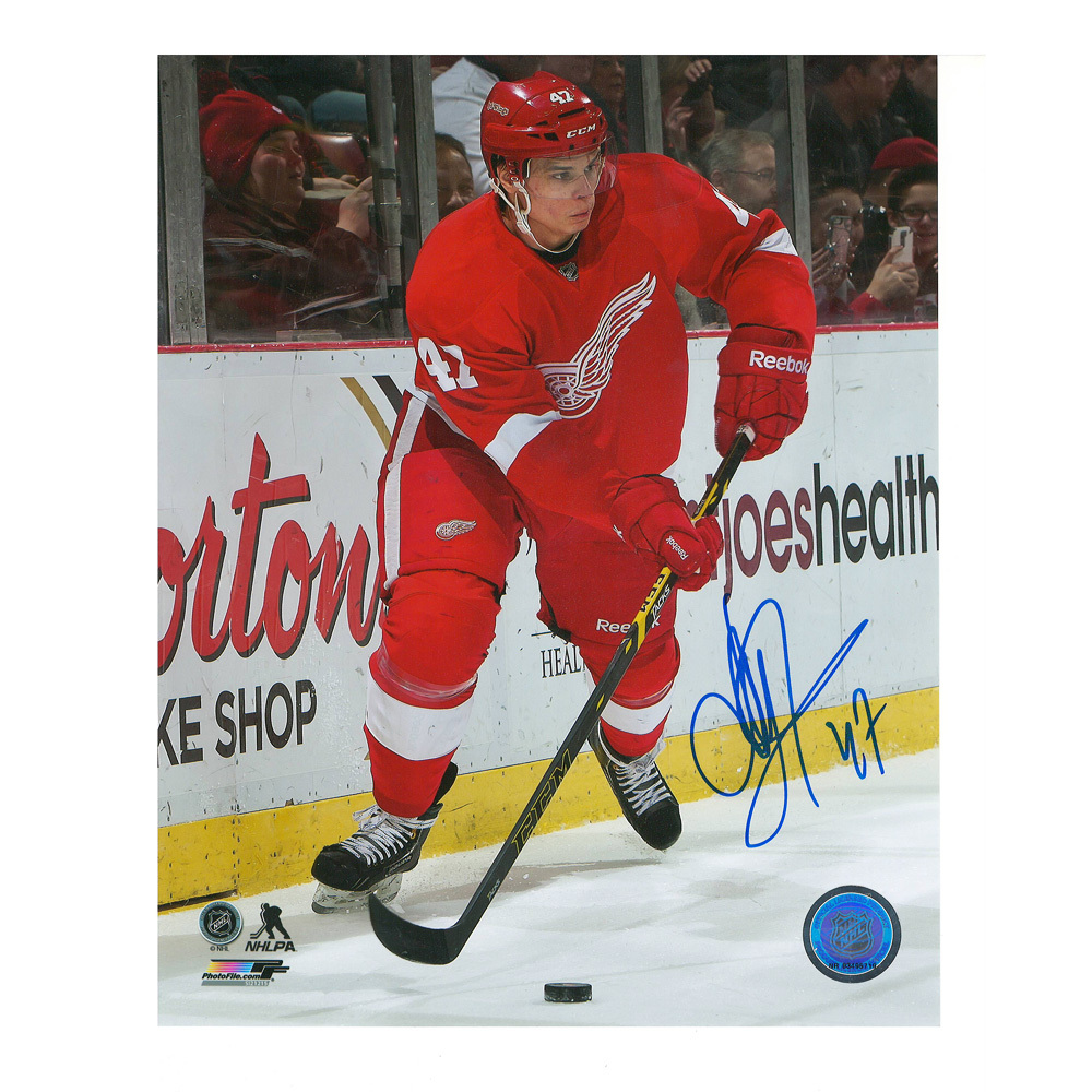 ALEXEY MARCHENKO Signed Detroit Red Wings 8 X 10 Photo - 70258