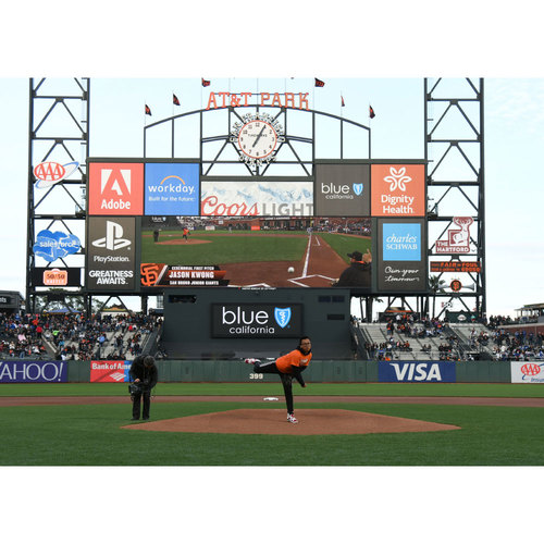 Giants End of Year Auction: 10/1/2017 Giants First Pitch Experience