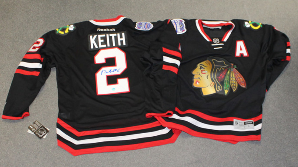 DUNCAN KEITH Autographed Chicago Blackhawks 2014 Stadium Series Premier Jersey