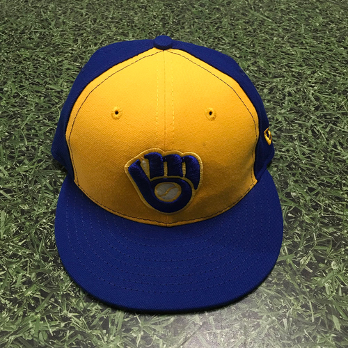 Photo of Lorenzo Cain 2018 Game-Used 1983 Throwback Cap
