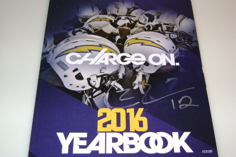 CHARGERS - TRAVIS BENJAMIN SIGNED 2016 CHARGERS YEARBOOK