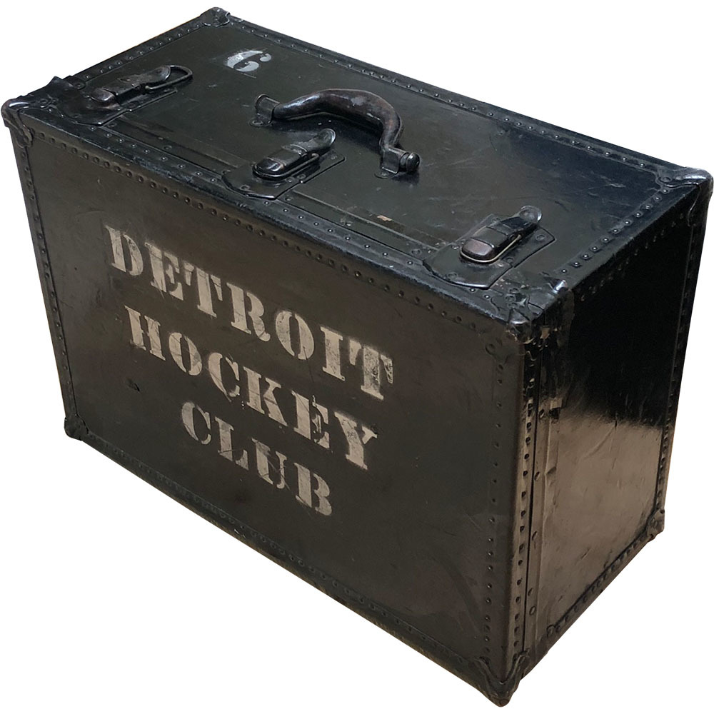 Gordie Howe's Detroit Red Wings Equipment Trunk
