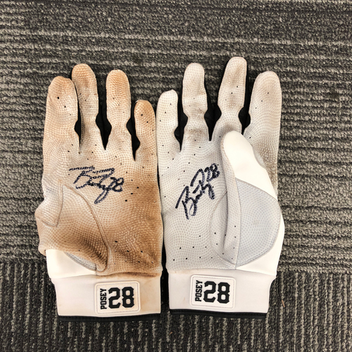Photo of San Francisco Giants - Team Issued & Autographed Batting Gloves - #28 Buster Posey