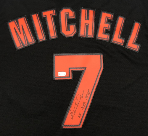 "Photo of Kevin Mitchell ""NL 1989 MVP"" Autographed Black Giants Jersey"