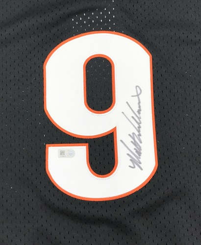 Photo of Matt Williams Autographed Black Giants Jersey