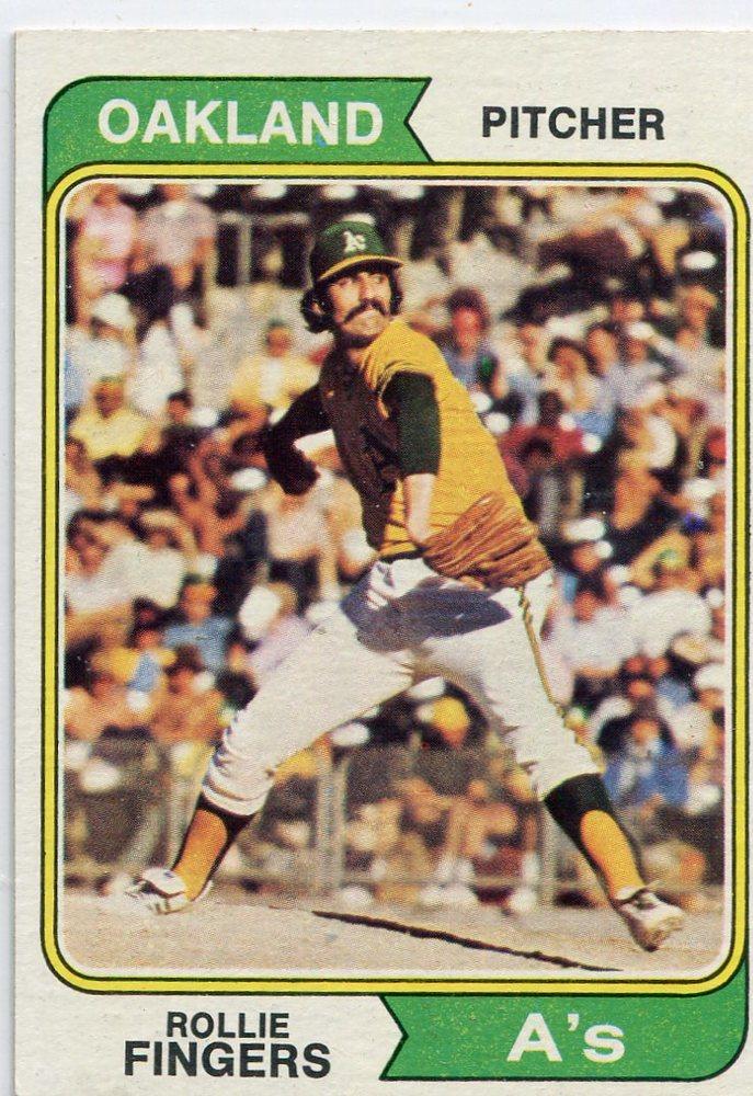 1974 Topps #212 Rollie Fingers -- Hall of Famer