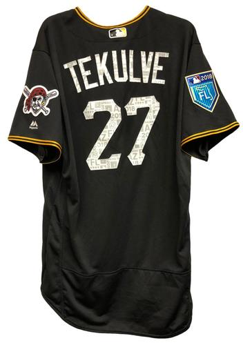 Photo of Kent Tekulve Team-Issued Spring Training Jersey