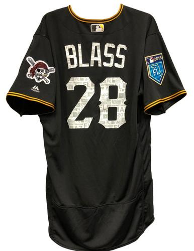 Photo of Steve Blass Team-Issued Spring Training Jersey