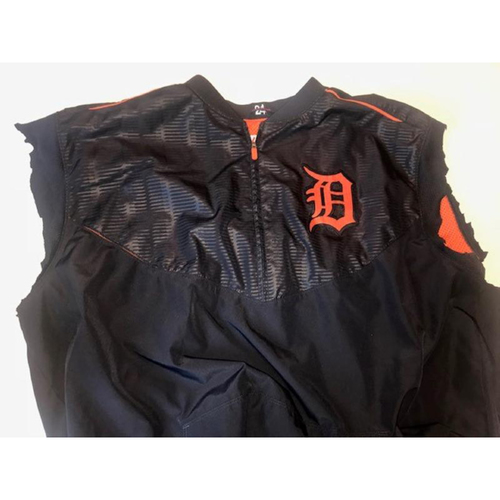 Photo of Team-Issued Detroit Tigers #24 Road Batting Practice Jacket
