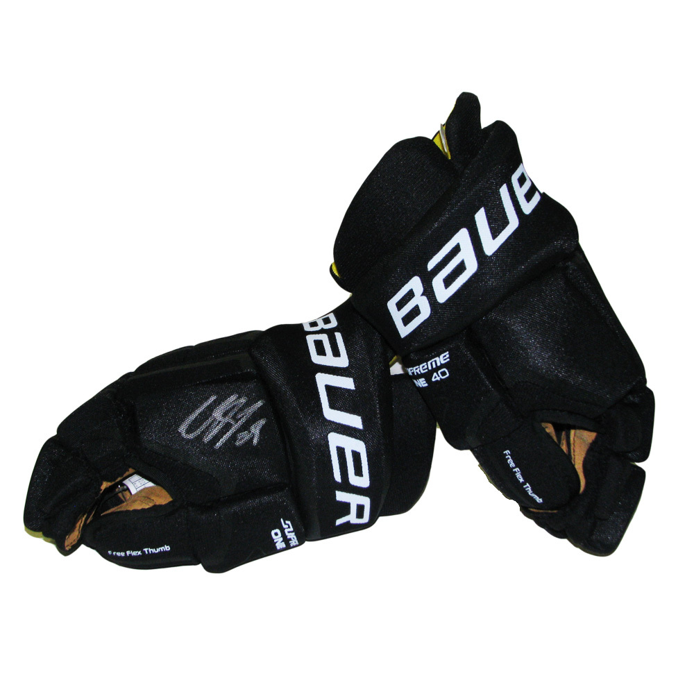 CLAUDE GIROUX Signed Philadelphia Flyers Player Brand Bauer Gloves