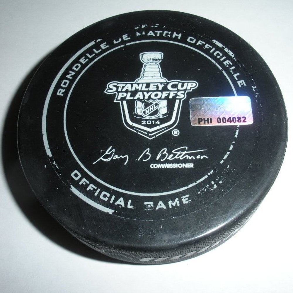Derek Stepan - New York Rangers - Goal Puck - April 22, 2014 - Eastern Conference First Round, Game 3 (Flyers/Stanley Cup Logo)