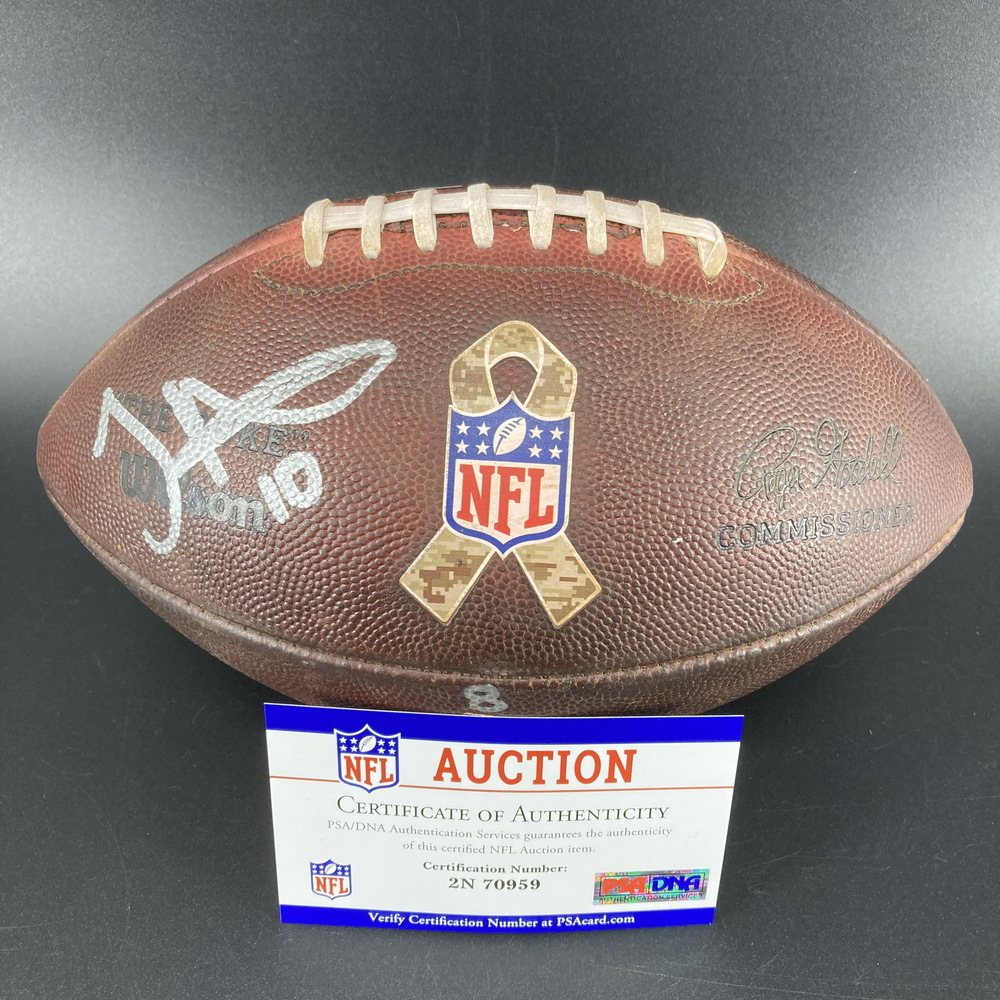 STS - Chiefs Tyreek Hill Signed Game Used Football (11/5/17)