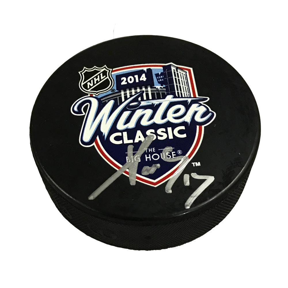 PAVEL DATSYUK Signed 2014 Winter Classic Puck