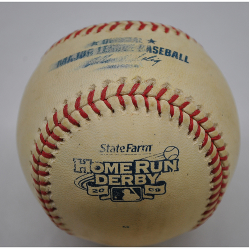Photo of Game-Used Baseball - 2009 Home Run Derby - Ryan Howard - Round 1 - Out 1