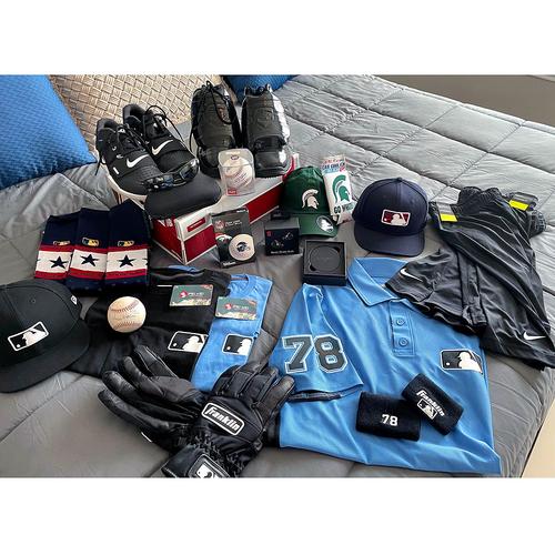Photo of UMPS CARE AUCTION: Adam Hamari Umpire Gift Basket