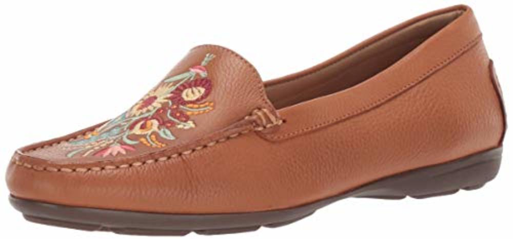 Photo of Driver Club USA Women's Leather Nashville Loafer