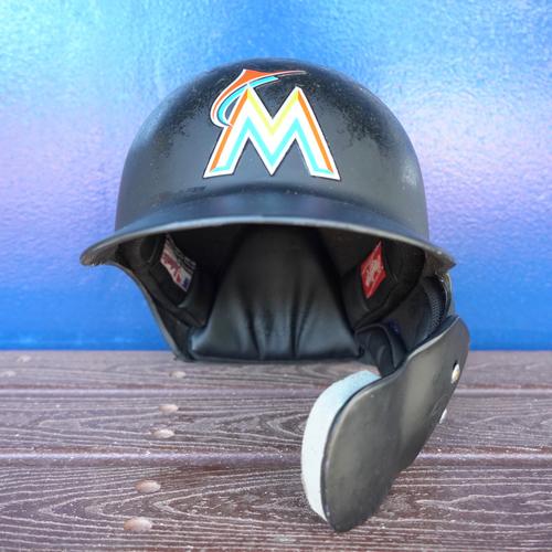 Photo of Game-Used Helmet: Yadiel Rivera - 2018 Season - Size: 7 1/4