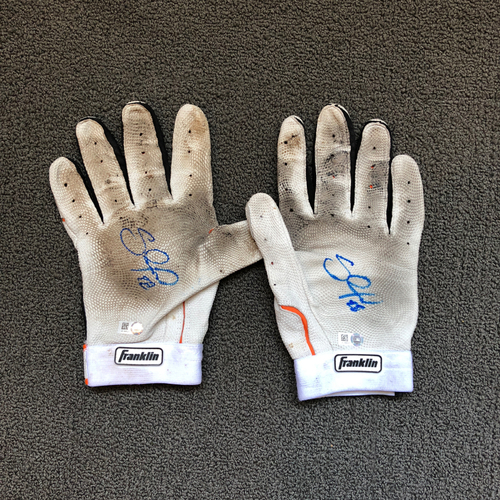 Photo of San Francisco Giants - Pablo Sandoval Autographed Batting Gloves