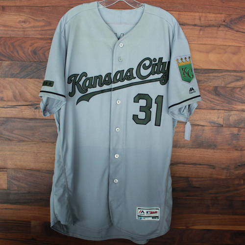 Photo of Game-Used Memorial Day Jersey: Ian Kennedy (Size 48 - KC @ TEX - 5/27/18)