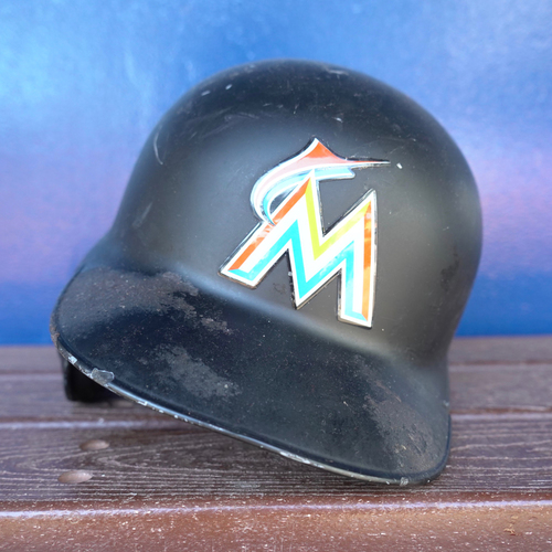 Photo of Game-Used Helmet: Derek Dietrich - 2018 Season - Size: 7 1/4