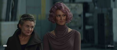 General Leia Organa and Vice Admiral Holdo