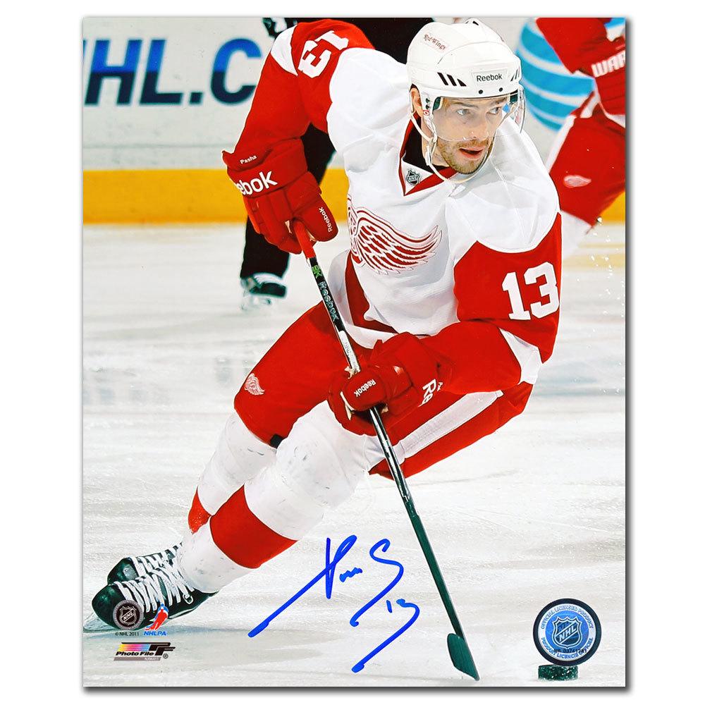 Pavel Datsyuk Detroit Red Wings BREAKOUT Autographed 8x10