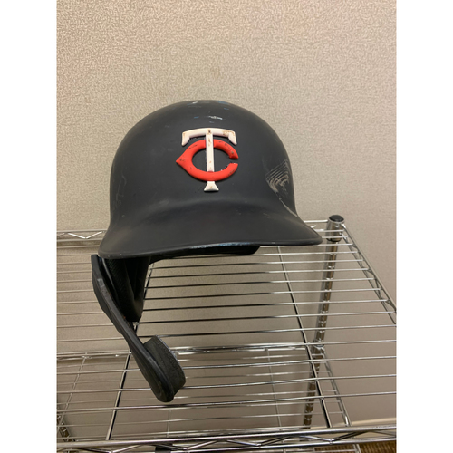Photo of 2019 Marwin Gonzalez #9 Game-Used Helmet