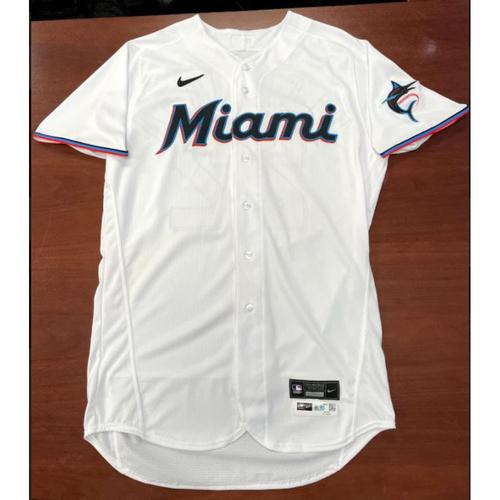 Photo of 2021 Auction: Sandy Alcantara Game-Used Jersey - Career High 14'Ks - Miami Marlins vs New York Mets 09/08/21