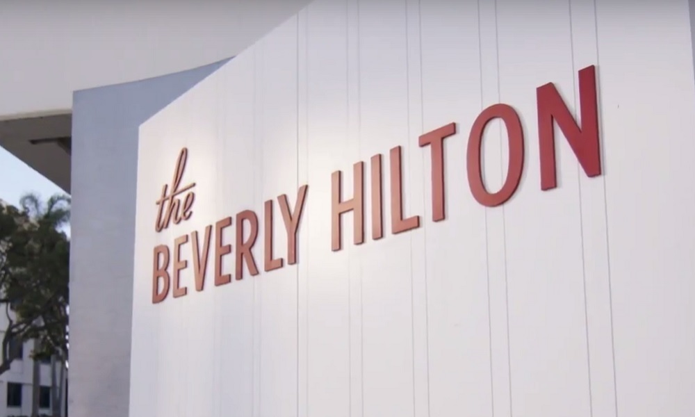 THE STARS DESCENDED ON BEVERLY HILLS