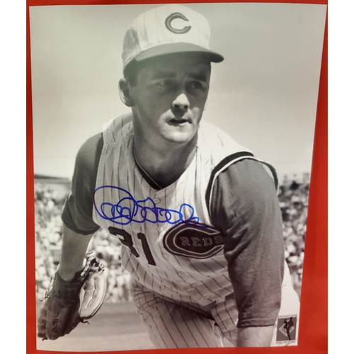 Photo of  Jim O'Toole Autographed Photo (Pitching Close-Up)