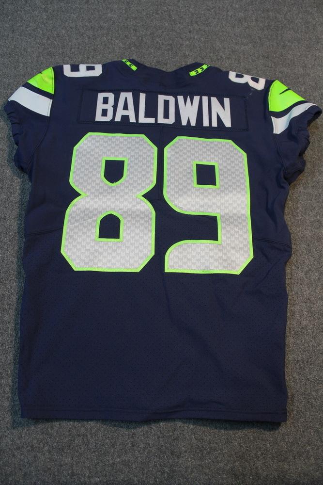 NFL Auction   Crucial Catch - Seahawks Doug Baldwin game worn ...