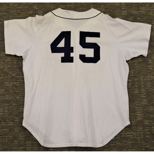 Photo of Cecil Fielder Detroit Tigers #45 White Batting Practice Jersey (NOT MLB AUTHENTICATED)