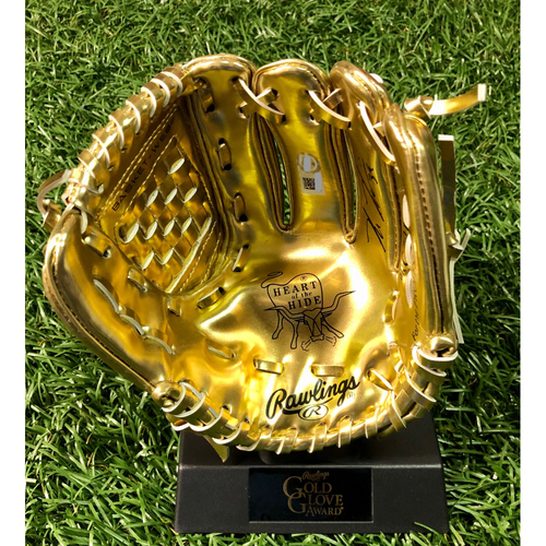 Photo of Autographed Mini-Gold Glove: Kevin Kiermaier