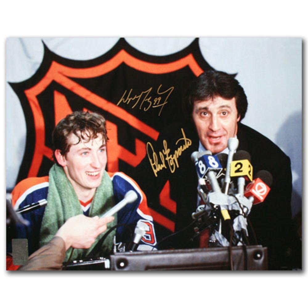 Wayne Gretzky (Edmonton Oilers) & Phil Esposito (Boston Bruins) Autographed 11X14 Photo