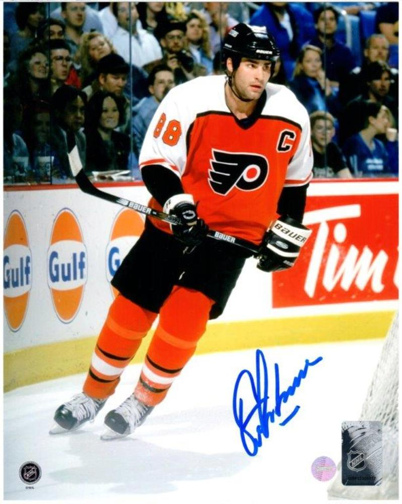 Eric Lindros - Signed 8x10 Unframed Flyers-V