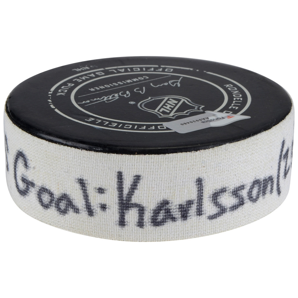 William Karlsson Vegas Golden Knights Game-Used Goal Puck vs. Florida Panthers on January 19, 2018