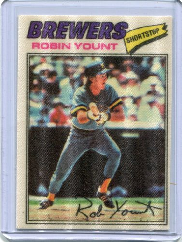 Photo of 1977 Topps Cloth Stickers #54 Robin Yount