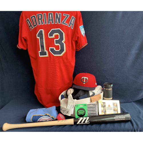 Photo of 2019 Twins Favorite Things Auction: Ehire Adrianza Favorite Things Basket