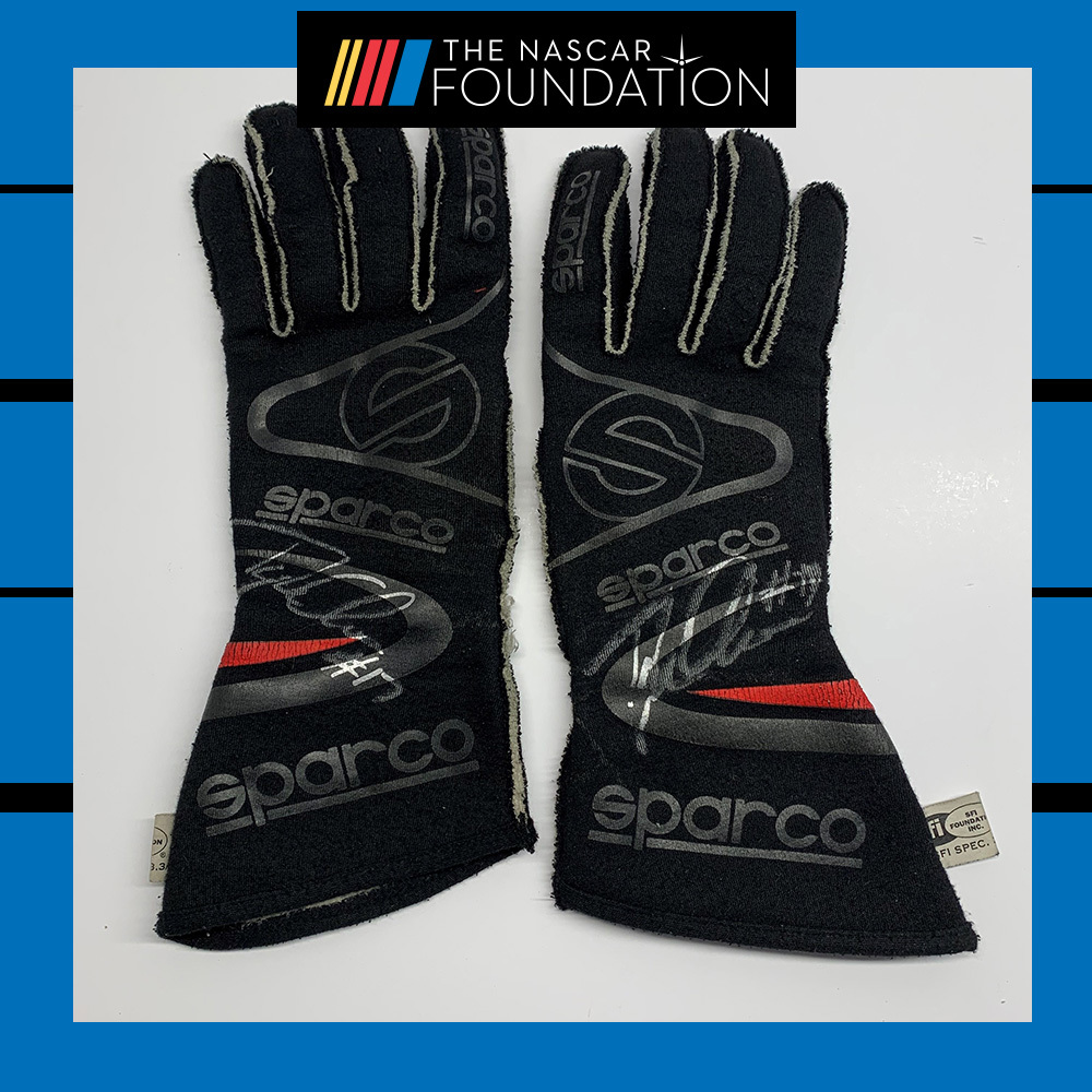 NASCAR's Tyler Ankrum Autographed race worn used gloves!