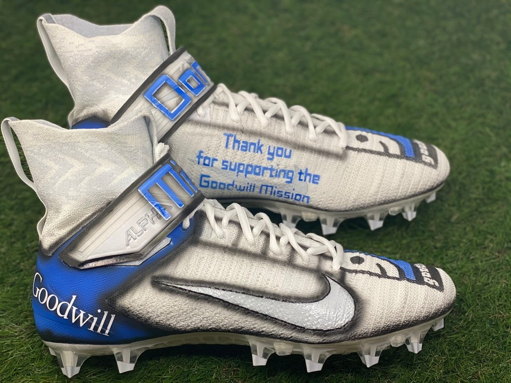 My Cause My Cleats - Bears Ryan Nall game worn custom cleats - supporting Goodwill Industries of Southeastern Wisconsin and Metropolitan Chicago