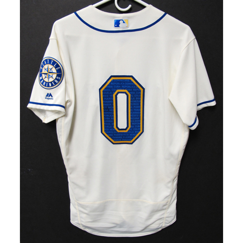 Photo of Seattle Mariners Mallex Smith Game-Used Marineros Jersey (Salute to Latin American) 9-15-2019