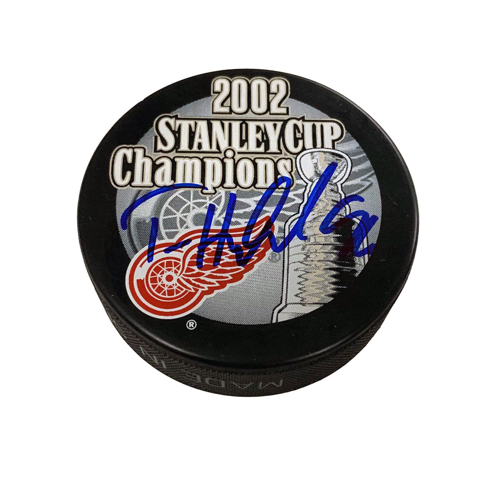 TOMAS HOLMSTROM Signed Detroit Red Wings 2002 Stanley Cup Champions Puck