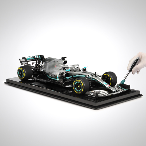 Photo of Lewis Hamilton 1:8 Scale Mercedes-AMG F1 W10 EQ POWER+: Amalgam Collection