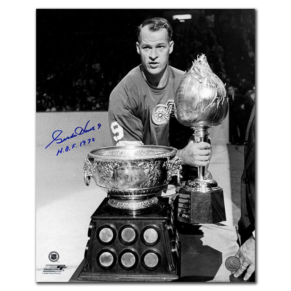 Gordie Howe Detroit Red Wings HOF Autographed 16x20